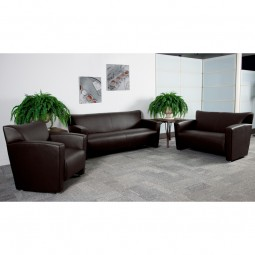Signature Majesty Series Reception Set in Brown